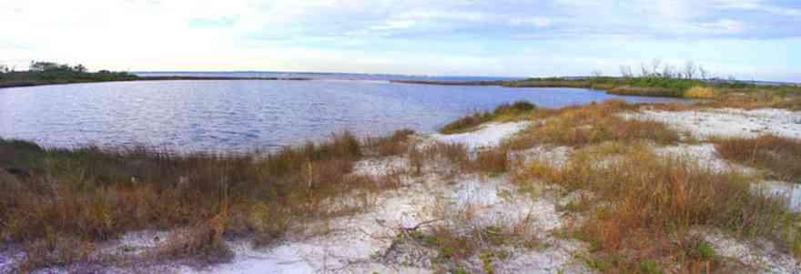 Gulf-Islands-National-Seashore:-Fort-Pickens:-Lake_01.jpg:  sand dunes, gulf of mexico, gulf coast, lake