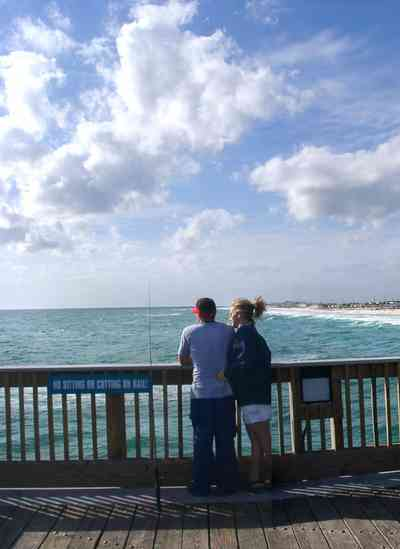 Pensacola-Beach:-Gulf-Fishing-Pier_12.jpg:  fishing pier, gulf of mexico, beach
