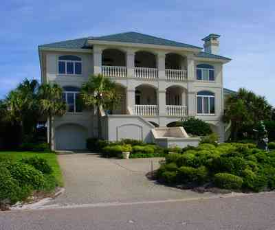 Pensacola-Beach:-Hermosa-St-Homes_11.jpg:  gulf of mexico, mediterrean villa, palm tree, gulf of mexcio