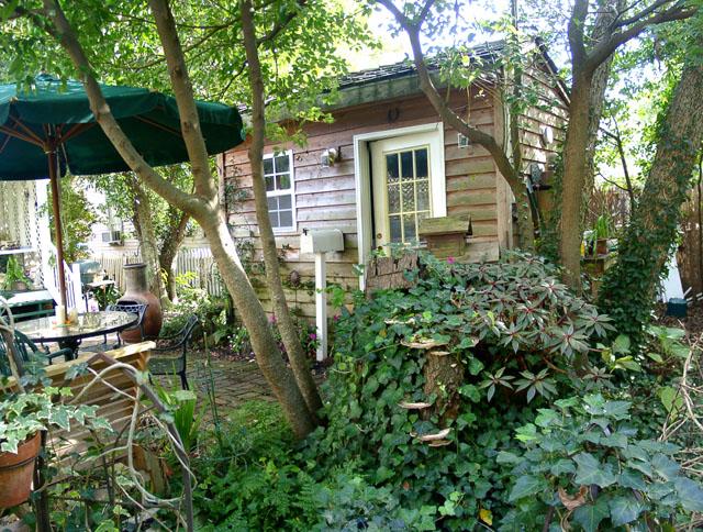 pensacola seville historic district 211 south florida - Garden Sheds Florida